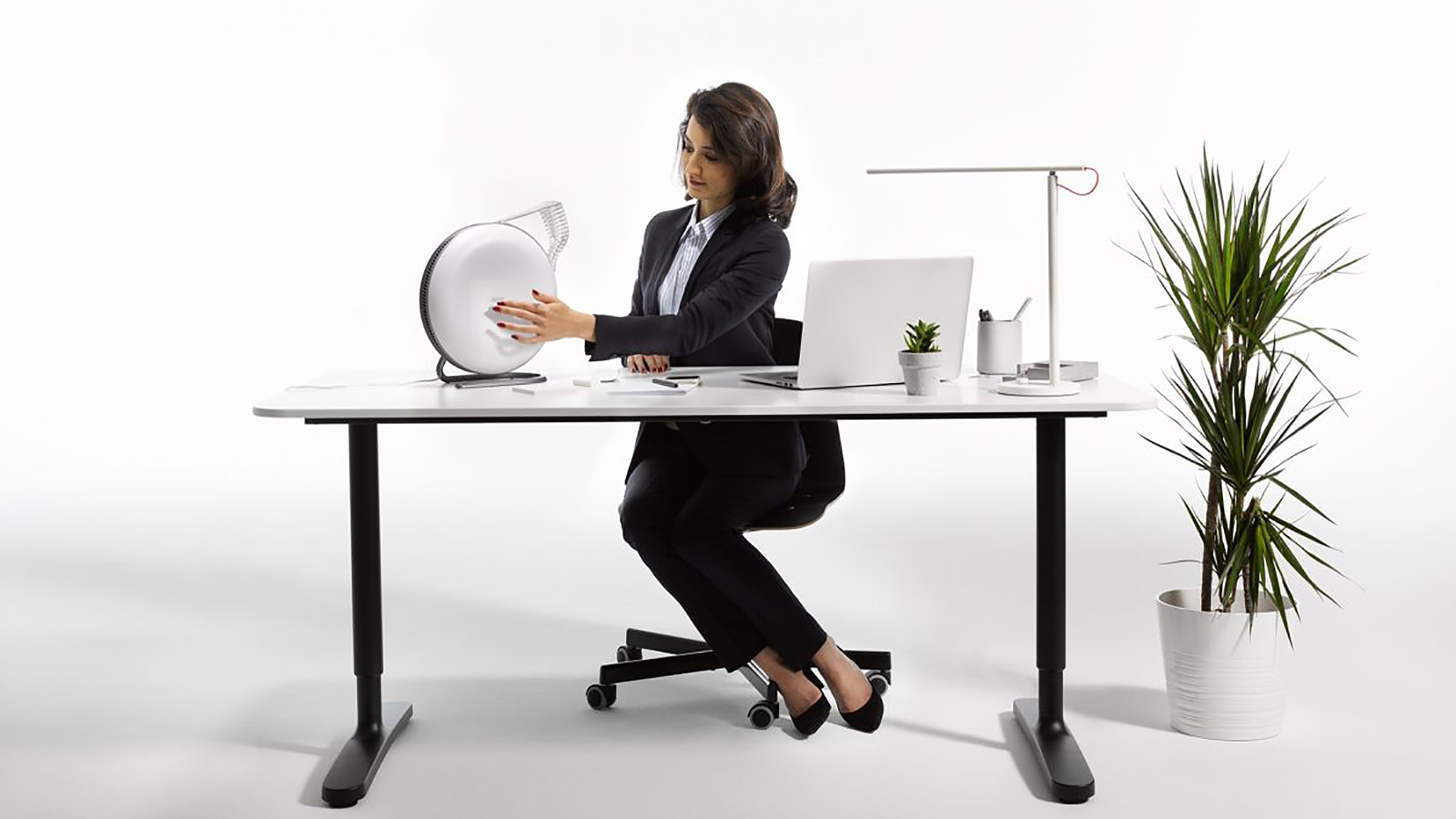 IQAir Atem Desk - Technoliving