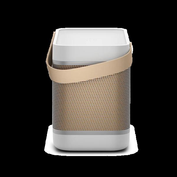 Technoliving - Hosszabb élettartamú akkumulátorral, beépített okostelefon-töltéssel és erőteljes hangzással rendelkezik a Beolit 20, mely a vezeték nélküli hangszórók 4. generációja. Élvezze az akár 8 órás lejátszási időt egy átlagos hallgatási hangerő mellett, egyetlen töltéssel, és használja a vezeték nélküli Qi töltési funkciót, az eszközök áramellátásához.